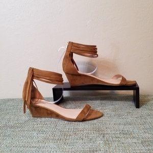 Zigi Soho Wedge w/ Ankle Strap &Fringe Womans sz13